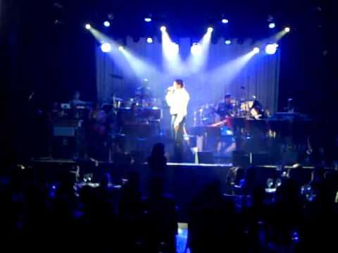 Pau Gasol Sings The Fray