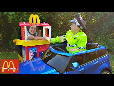 Pretend Play with Kitchen Toy Playset Having Fun at McDonald's