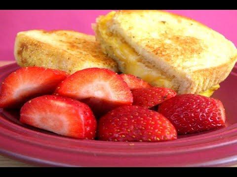 How to Make Cheesy Garlic Toast Breakfast Sandwich  : Easy Recipe
