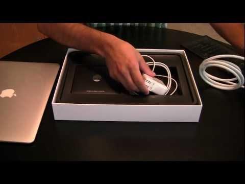 Unboxing: Apple MacBook Air 13 Inch 2011 Model