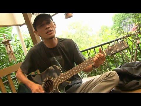 Adinda - Belajar Kord Gitar bersama Lah Ahmad