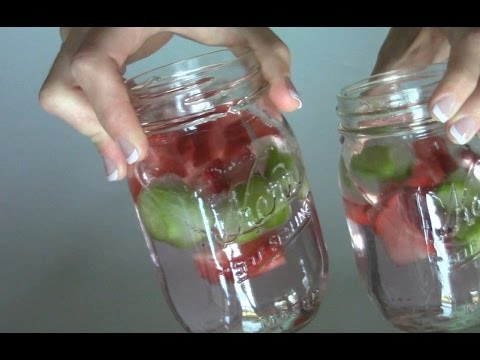 How To Make Fresh Fruit Ice Cubes!