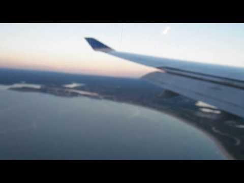 SYD HD United Airlines 747-400 Landing Sydney International Airport Boeing Australia
