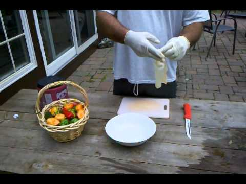 How to cut habanero peppers without burning your wee-wee