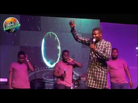 Download Bidemi Olaoba Live at Opebbi Festival Of Life