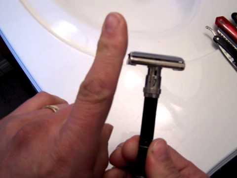 Gillette Twist to open - blade change
