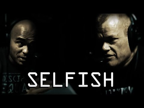 Dealing With Team Members Only in it For Them Self - Jocko Willink and Echo Charles