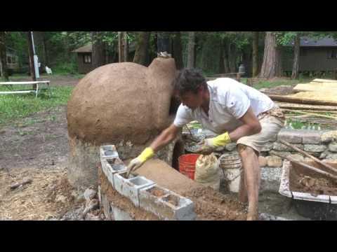 Building a cob bench base