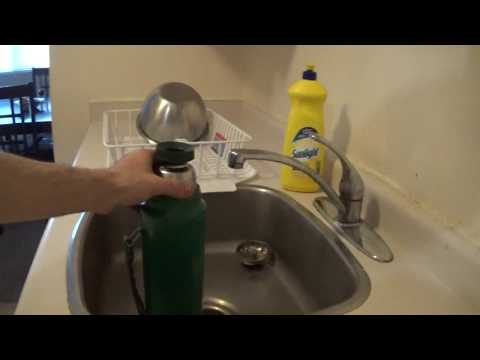How to Clean your Vintage 1988 -2016 Aladdin Stanley Green Steel Thermos For Coffee
