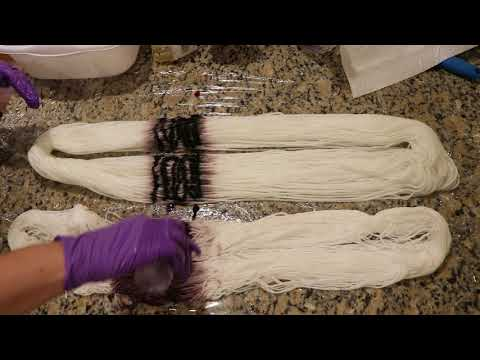 Dyepot Weekly #10 - Handpainting Yarn with Rit Liquid Dyes; Comparing Different Fiber Types