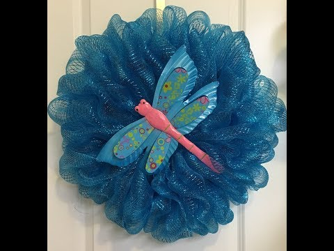 How to make a deco mesh Bubble wreath with a dragonfly