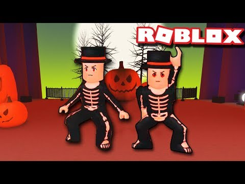 SPOOKY SCARY SKELETONS DUO ROUTINE | Dance Your Blox Off Halloween | Freestyle