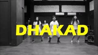Dhaakad Aamir Khan Version - Dangal   Zumba fitness choreography   Vicky & Aakanksha