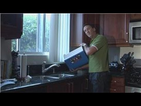 House Cleaning Techniques : How to Clean a Ice Chest
