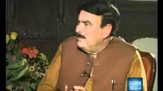 Must Must Watch this Girl What She is Doing with Sheikh Rasheed  -LAMHAY 09 Aug 2010