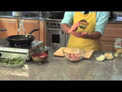 How to Make Spaghetti Sauce With Italian Sausage & Ground Beef : Spaghetti Sauce Tips