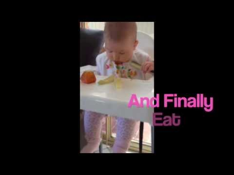 Baby Led Weaning - moving your baby onto finger foods