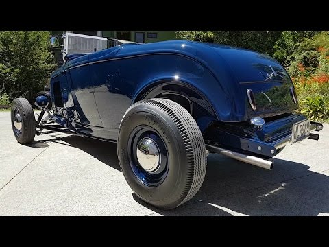 Paul Harlow's Mirror Polished 1932 Ford Roadster (East Bay Rods NZ)