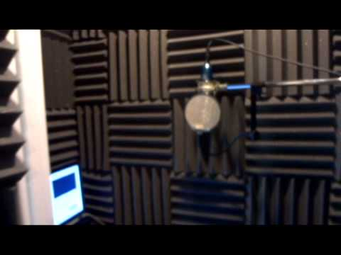 How To Turn A Closet into A Vocal Booth With Ronnie Rokk Smith