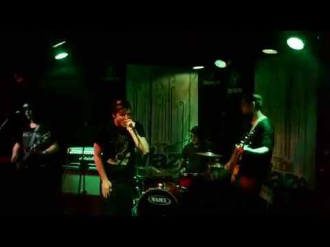 Bony Knees - Mediocrity [Live HD]