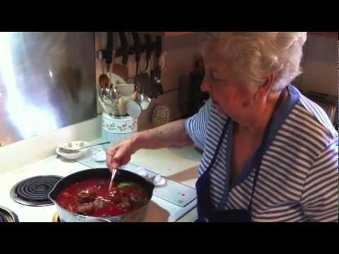 Granny Good Meatballz - How To Make Spaghetti Sauce & Meatballs