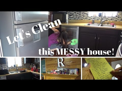 Cleaning an actually MESSY house!