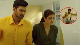 Janaki Nayakan Malayalam Movie Scenes   Kajal Agarwal Slaps Abhinav Gomatam - Srinivas Stops Abhinav