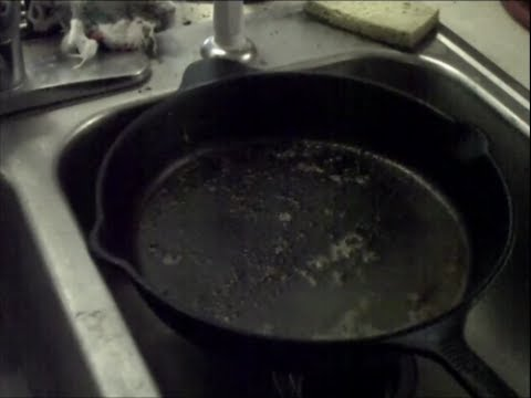 How to clean a very dirty cast iron skillet