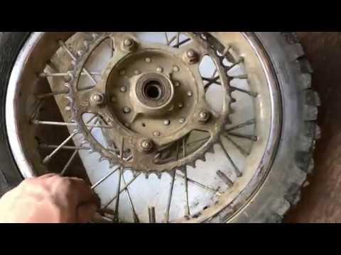 How to Tighten Dirt Bike Rim Spokes
