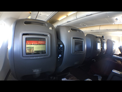 [UPGRADED!] Qantas old A330 Business Class experience: QF117 Sydney to Hong Kong