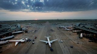 Airlines brace for Labor Day travel surge