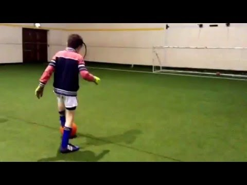 Basketball penalty kick challenge