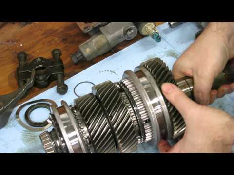 What's inside a Corvette (T56) transmission