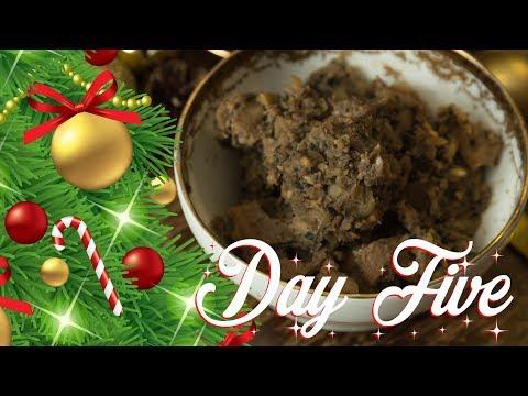 BEST VEGAN STUFFING EVER! | 12 DAYS OF CHRISTMAS
