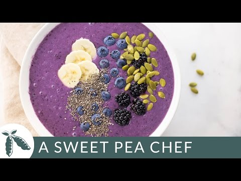 Banana Blueberry Smoothie Bowl | A Sweet Pea Chef