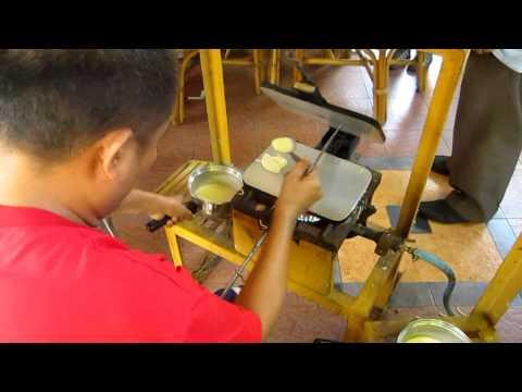 Making Barquillos at Deocampo's, Iloilo