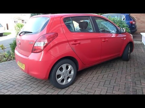 How to change or replace the cabin pollen filter on a Hyundai i20