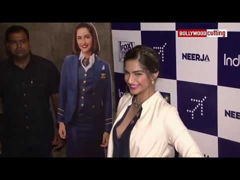 Xxx Mp4 Sonam Kapoor Aaccidential Boobs Show At Neerja Special Screening The Laddu 3gp Sex