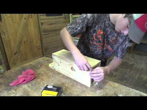 How to Make a Mink Box.