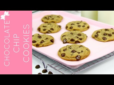 How To Make THE BEST Homemade Chocolate Chip Cookies From Scratch // Lindsay Ann Bakes