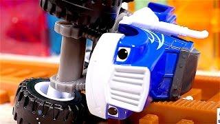 #Crusher hat einen Unfall – #MonsterMaschinen Deutsch – Video mit #Spielzeugautos