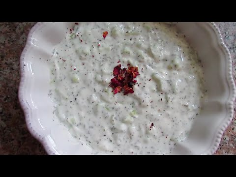 yogurt cucumber dip | mast-o-khiar | ماست و خیار