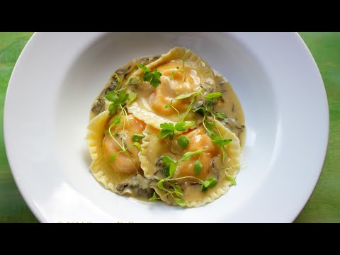 Roasted Butternut Squash Ravioli with Sage Cream Sauce