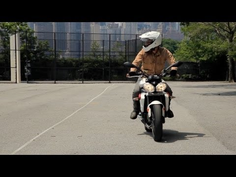 Steering vs. Countersteering | Motorcycle Riding