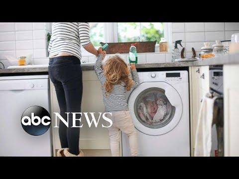 Millenni-mama drama: Is Gen Y postponing parenthood for their own good?
