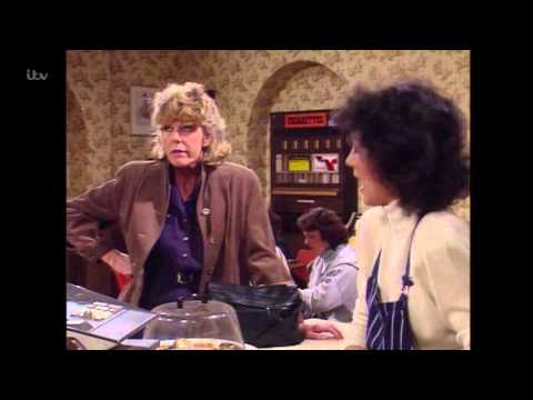 Coronation Street - Audrey Loves A Moan
