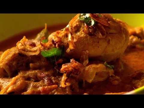 വറുത്തരച്ച കോഴിക്കറി/Varutharacha Chicken Curry COOK WITH DEEPA
