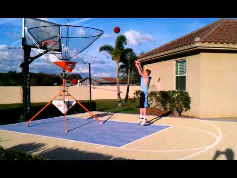 Boomerang Basketball on the home court