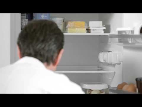 Bosch - How to change a fridge light bulb.