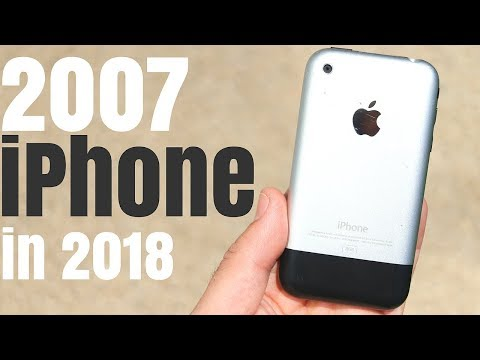2007 iPhone Revisited in 2018!